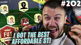 FIFA 20 I GOT THE BEST AFFORDABLE STRIKER FOR FUT CHAMPIONS AND MY INSANE PERFORMANCE CONTINUES!