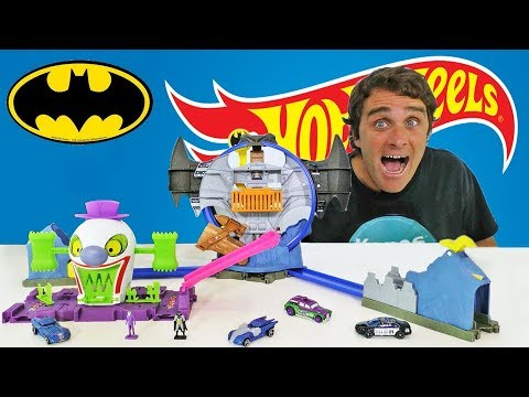 ba3995a04457 Hot Wheels Batman Batcave   Joker Funhouse Playsets !