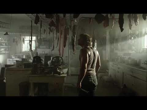 Появление Кожаного лица:Техасская резня бензопилой (2003)