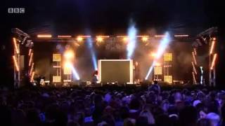 Will.i.am ft Eva Simons - This is Love - LIVE  BBC Radio 1′s Hackney Weekend 2012
