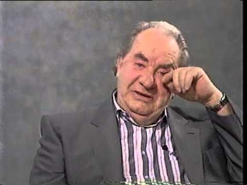 "Leo Mckern on The Gloria Hunniford ""Sunday Sunday"" Chat show 1989"