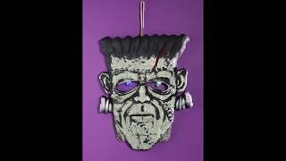 Decoración pared cabeza Frankenstein.