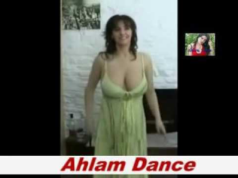 رقص ليبي ساخن وجسم مثير وصدر يهبل