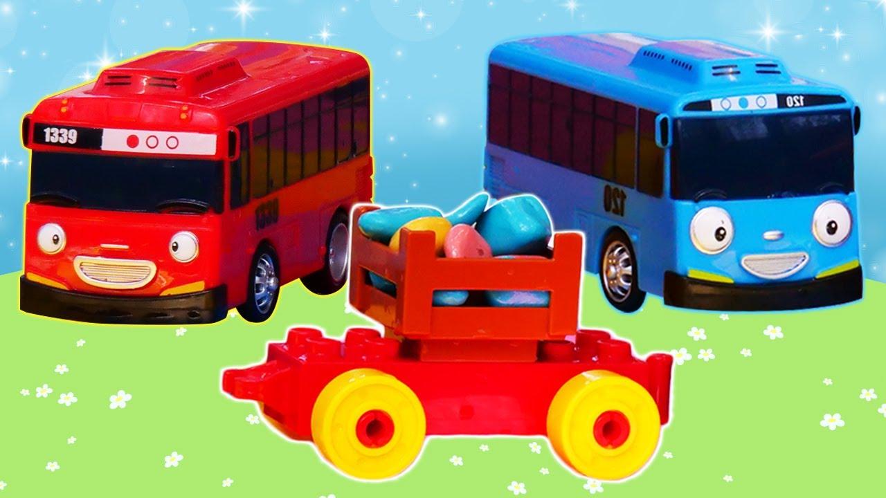 Tayo el pequeño autobús busca un tesoro en el río. Juguetes de dibujos animados. Vídeo infantil