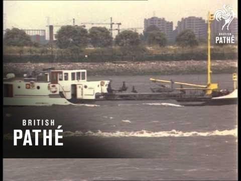 River Thames Traffic (1960-1969)