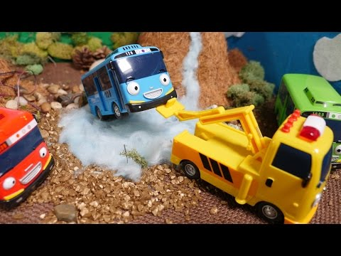 Tow Trucks For Kids  - Tayo The Little Bus Toys - Tayo Toys In English - Toy Cars And Buses