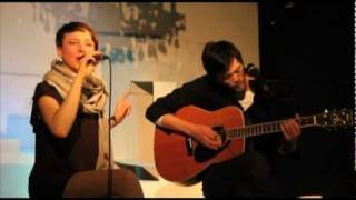 "Violetta Parisini ""Waiting for Something to Happen"" // The Singer Songwriter Circus"