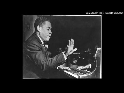 Art Tatum - Cover the Waterfront (best version)
