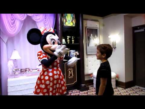 Mickey Mouse and Minnie Mouse Meet and Greet at Walt Disney World