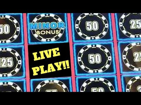 HUGE Lightning Link win caught LIVE!   More Fun with Slot Queen!