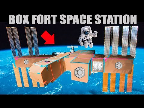 BOX FORT SPACE STATION!!  SPACE WALK, CRYO POD & MORE!