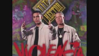 04.- Viviendo en Guerra - Violencia Musical - Hector y Tito.wmv
