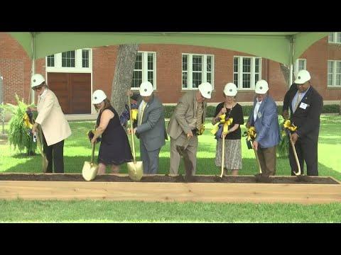 Howard Payne University holds groundbreaking ceremony for the Newbury Family Welcome Center