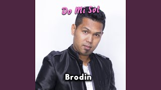 Gambar cover Do Mi Sol (feat. Brodin)