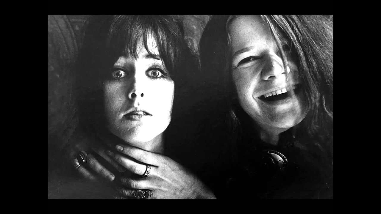 "jefferson airplane white rabbit essay Three-time grammy nominee patti smith recorded jefferson airplane's ""white  rabbit"" on her 2007 covers album, twelve she's nominated."