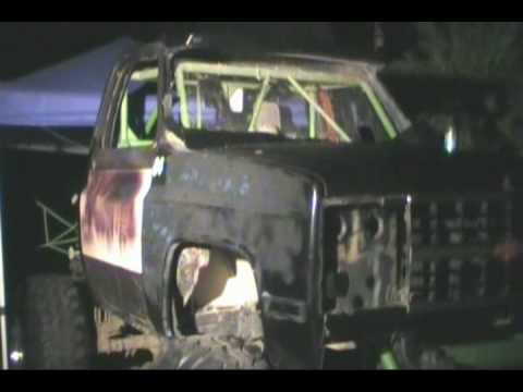 TheOutlawVideoSS 4x4 Mud Truck & Help From BMG Enterprises Welding & More