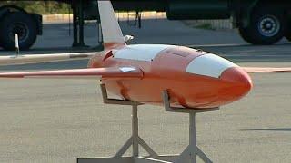 إيران تكشف النقاب عن طائرة قتالية جديدة قادرة على إصابة أهدافها بدقة بالغة…