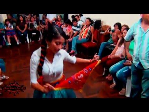 Navidad laramate carhuacucho familia guevara roca 6 9 for Familia roca