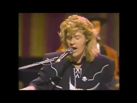 I Can't Go For That  Daryl Hall & John Oates Live At The Apollo 1985