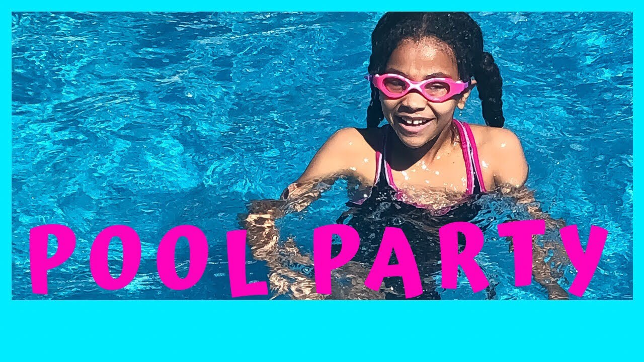 Summer Pool Party Vlog | Destini's Tween Life | Girl Squad