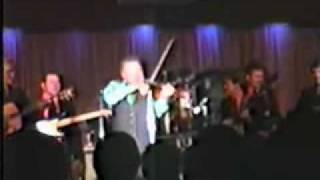 Roy Clark performs The Orange Blossom Special 1987 Live