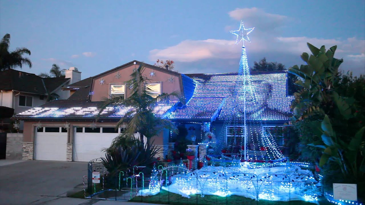 Christmas Light Show 2011 In Fountain Valley, CA By Devers Dream Weavers  54,020 LEDs   YouTube