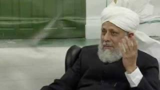 Huzoor's Meeting With Khuddam-ul-Ahmadiyya Students - Part 6