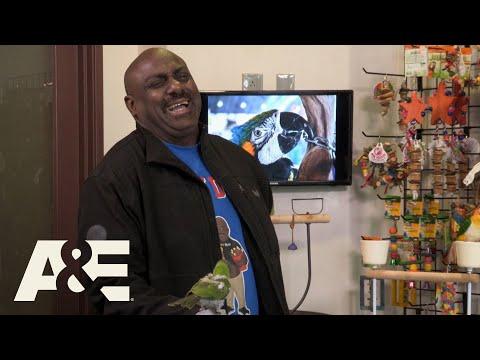 Storage Wars: Kenny's Locker Is for the Birds (Season 12) | A&E