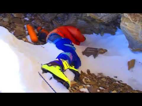 Dead Bodies on Mount Everest - Nepal