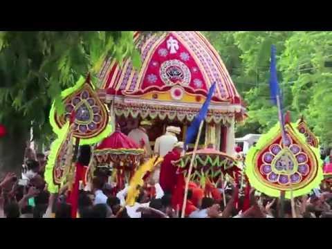Thousands celebrate Rath Yatra in Delhi