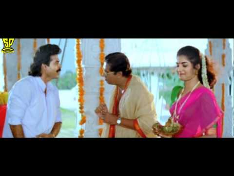 Venkatesh Making FUN in Temple | Comedy Scene | Dharmachakram | Venkatesh | Prema