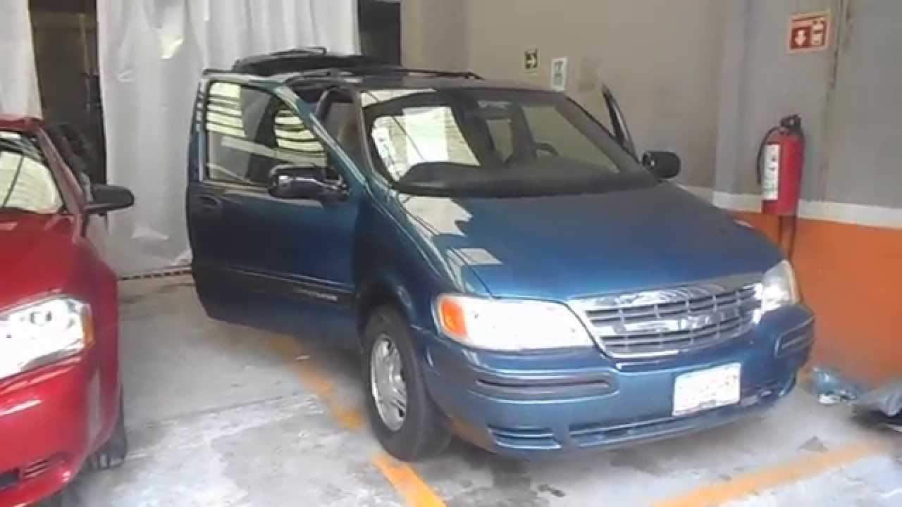 Preciosa Venture Chevrolet 2002 En Muy Buen Estado