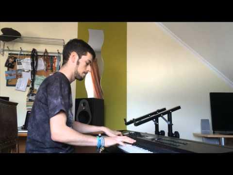 Axwell ingrosso sun is shining piano cover doovi - Ingrosso bevande piano tavola ...
