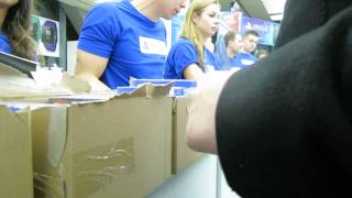 PS4 Berlin Launch Event EPIC FAIL - all consoles are SOLD OUT