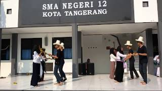 Kelompok Tari X MIA 2 SMAN 12 TANGERANG