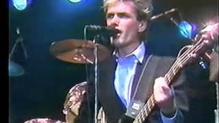 Doe Maar - Is Dit Alles (live op Flaterpop 1983)