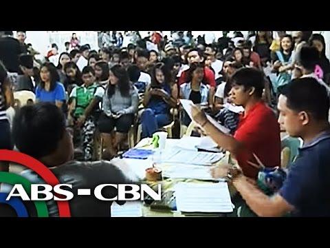 TV Patrol: Huling araw ng pagpapa-rehistro para sa barangay, SK election, dinagsa