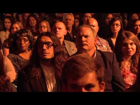 Kari Jobe turns a awards show into a worship service AMAZING