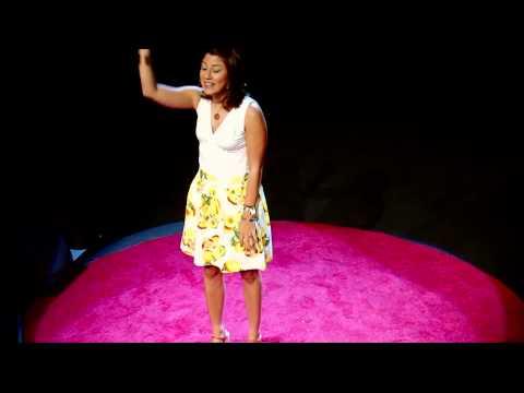 Nunca es temprano para emprender | Stefany Cohen | TEDxPuraVidaJoven