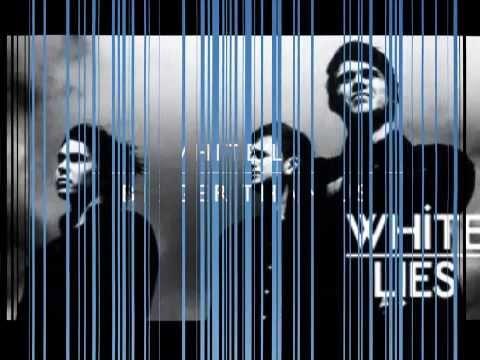 White Lies - Bigger Than us (official lyrics)