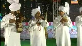 IDU SHARIF & SUKHI KHAN-DOORDARSHAN NEW YEAR PROGRAM AUJ BAHARA 2012 SONG:DIL DE BETHE