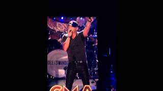 Cole Swindell You ain't worth the whiskey CMA Music Fest 2015