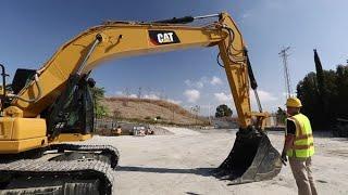 Cat® Next Generation Excavators: Walkaround 320 Size Class