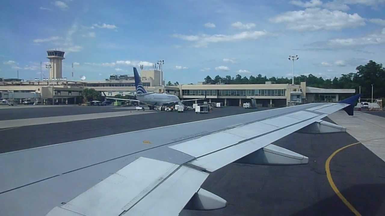 Delta Airlines 403 Landing In El Salvador International