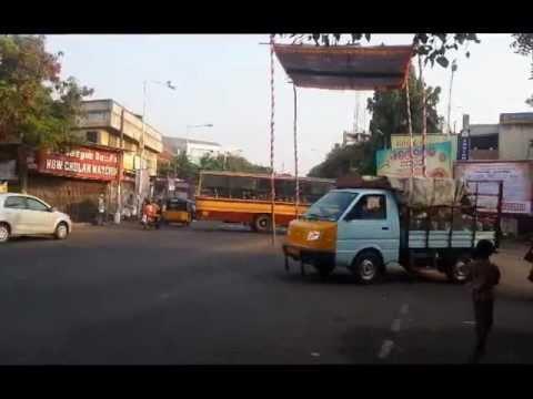 Buses stuggling to turn at Mylapore, Chennai