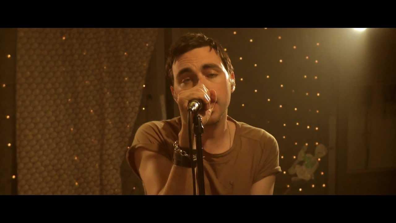 hard-fi-stay-alive-live-from-cherry-lips-studio-hardfiband