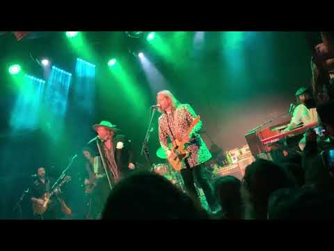 Coe Lewis - Black Crowes Reunion Footage From Monday Night