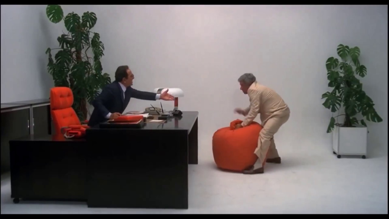 Poltrona A Sacco Zanotta Prezzo.La Storia Della Poltrona Sacco Di Zanotta 1968 Design Street