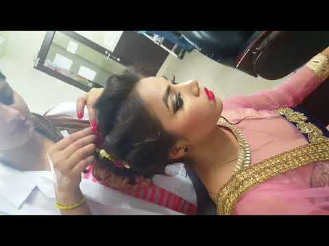 Vlcc Institute Professional Makeup Course - YouTube