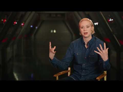 """Star Wars: The Last Jedi: Gwendoline Christie """"Captain Phasma"""" Behind the Scenes Movie Interview"""